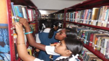 14_Reading_Day_Celebration_District_Library_Visit_20th_June_2018_1