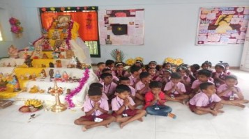 Navratri Pooja conducted @ APS with bhajans & mantra chanting