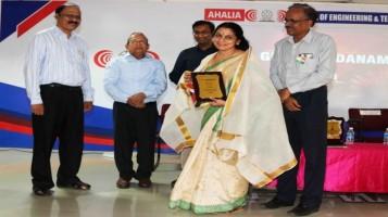 Ms. Girija Raja, Economics teacher honoured at the Guruvandanam programme at Ahalia Campus